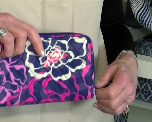 Fighting Breast Cancer One Purse at a Time_20160423040506