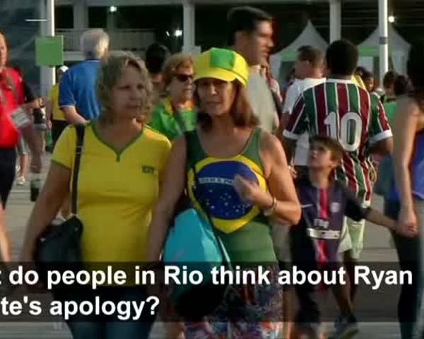 Brazilian Fans React To Lochte Apology_06304591-159532