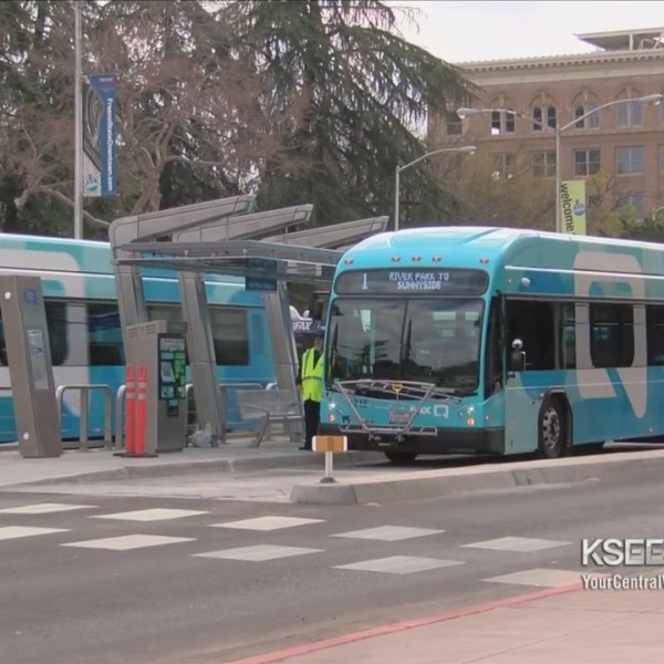 What_will_make_Fresno_s_newest_bus_servi_0_20180224033840