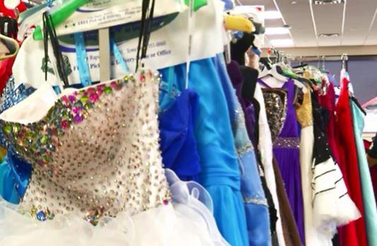 3-21 Parlier Prom Dress 2_1521679045637.JPG.jpg