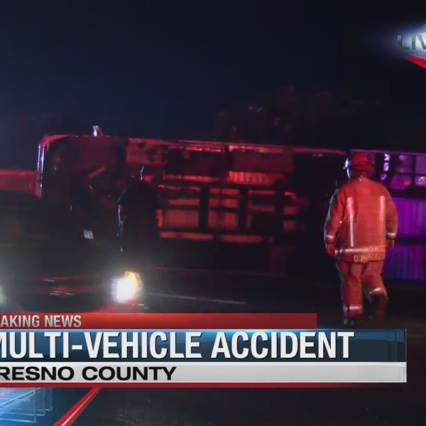 El Mexicano taco truck wrecked in multi-vehicle accident on 99 South