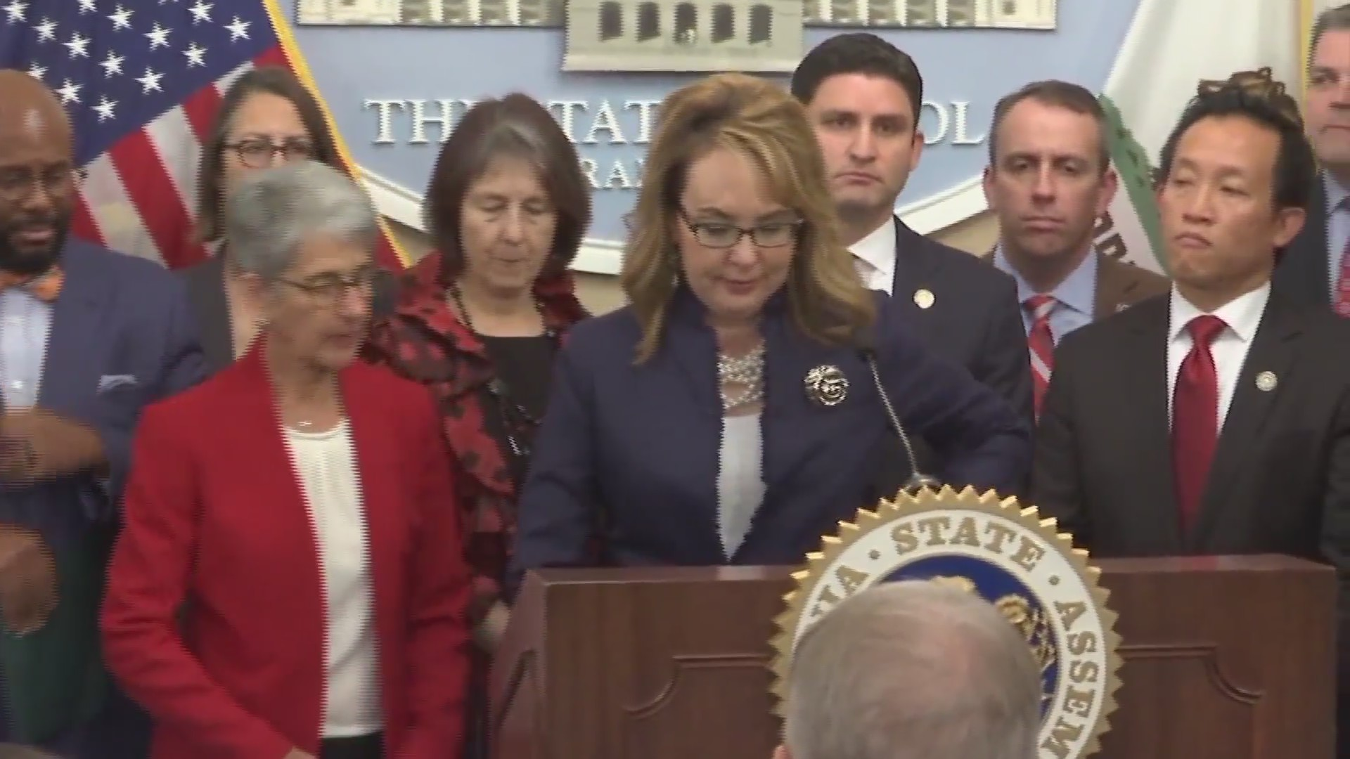 Lawmakers push to reduce gun violence