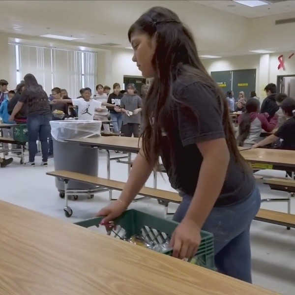 Inspiring the Valley: Students, local organizations work to provide food for the hungry