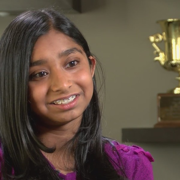 #GIRLPOWER: This local Scripps National Spelling Bee champ is helping those around her