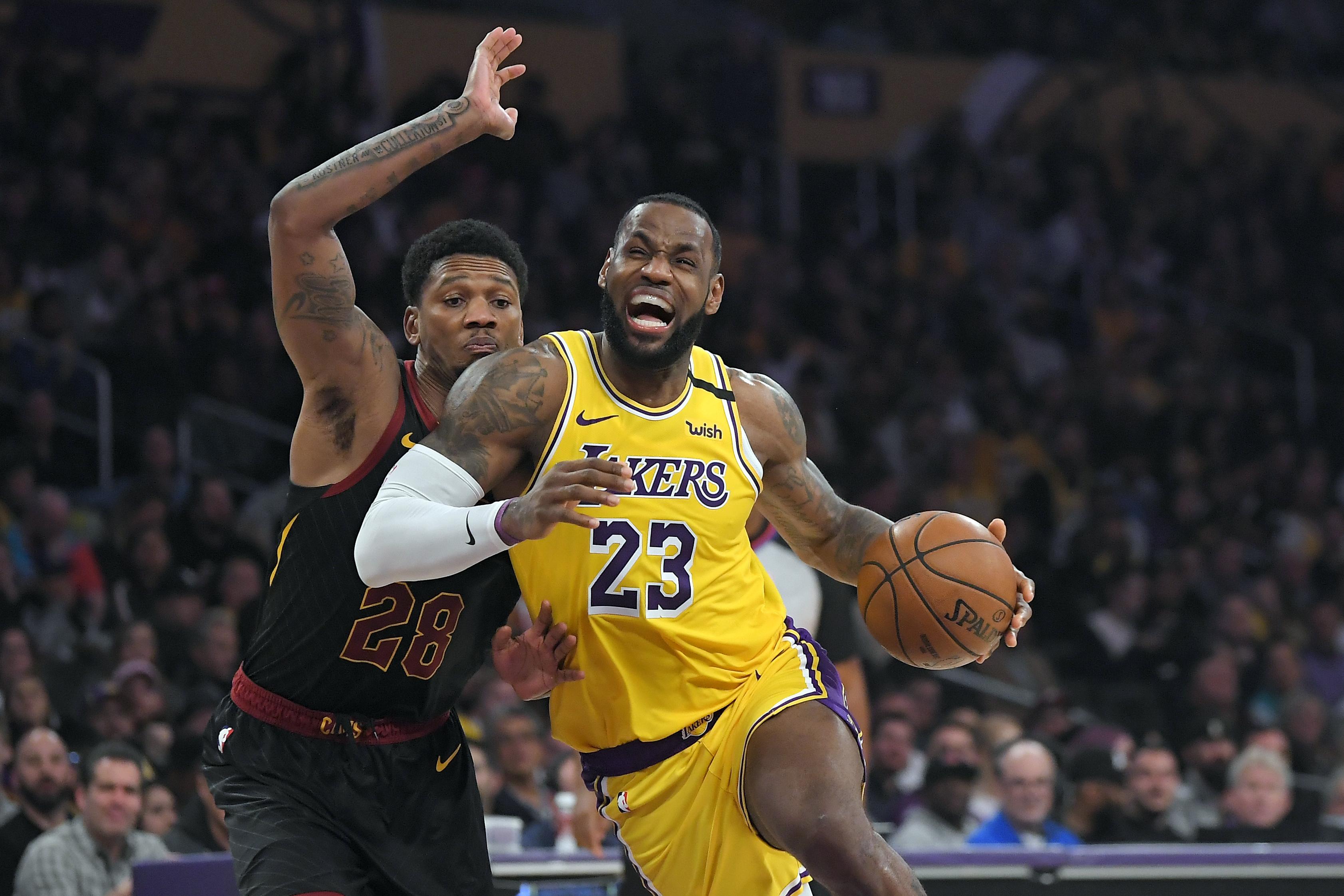 James, Lakers lead NBA jersey, merchandise sales rankings ...