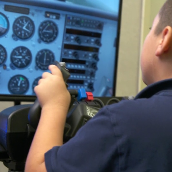Reedley sees opportunity in looming airline pilot shortage
