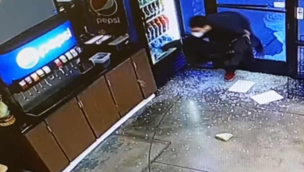 Suspect wanted after sandwich shop theft in Clovis