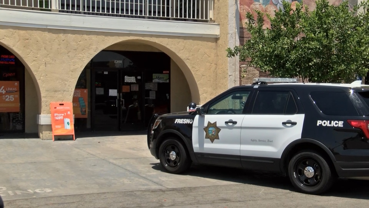 Police investigate robbery of downtown Fresno jewelry store by 3 men wearing face masks