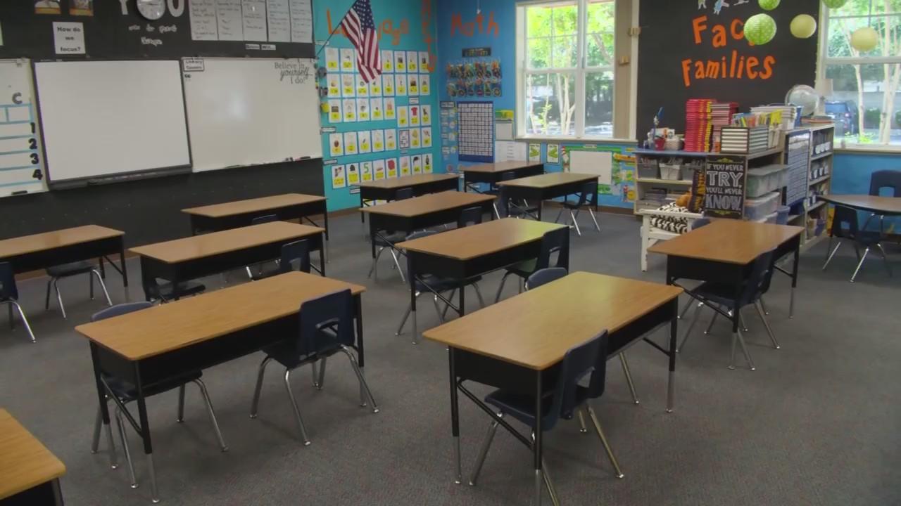 Fresno Unified Calendar 2022.Fresno Unified School District Reveals Plan To Reopen Schools April 6 Yourcentralvalley Com