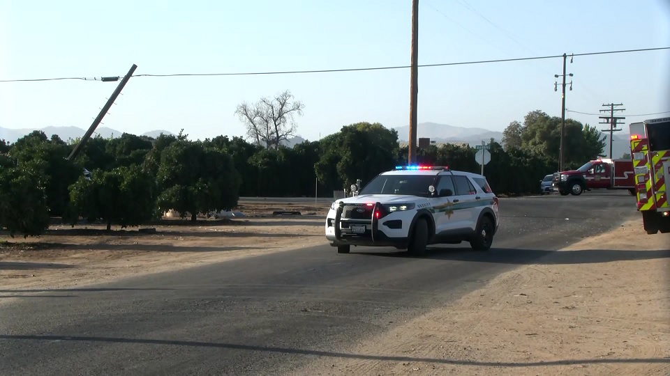 CHP: 1 dead after two-car crash and fire outside Orange Cove