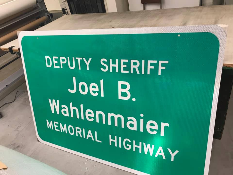 Sign honoring Deputy Wahlenmaier among those replaced after Creek Fire damage1