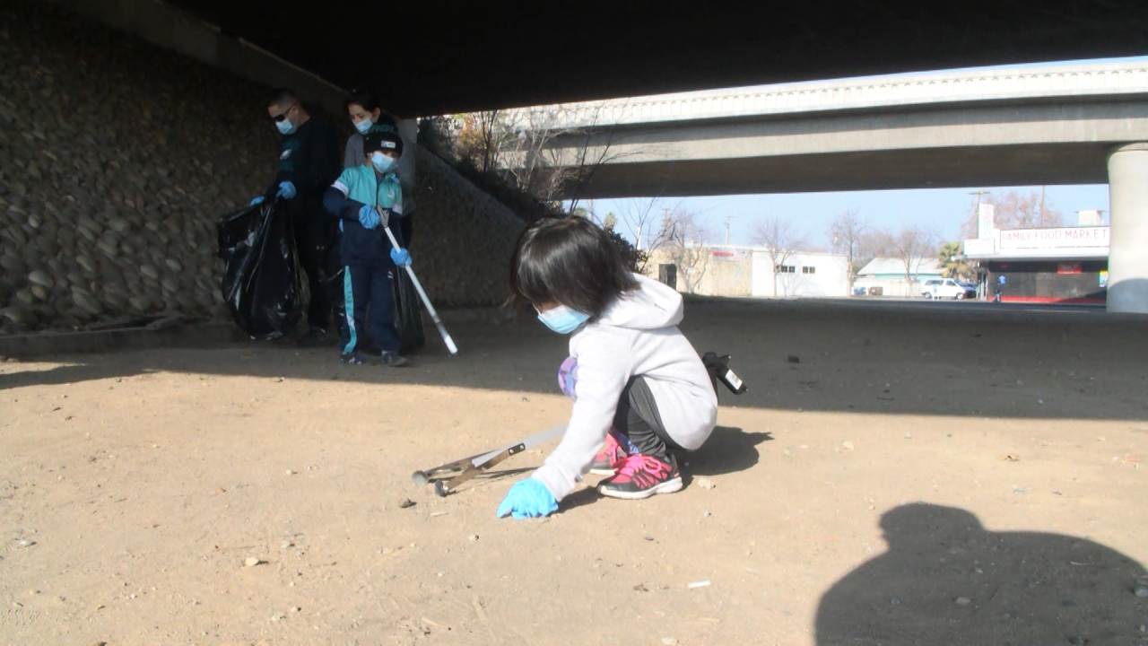 Mayor's 'Beautify Fresno' cleanup initiative gets help from over 200 volunteers