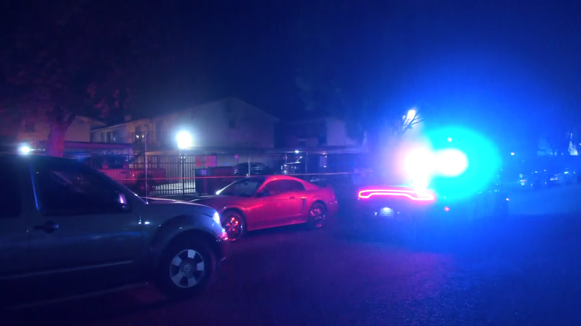 Man on a date shot in the leg, female friend leaves with suspect, Fresno Police say
