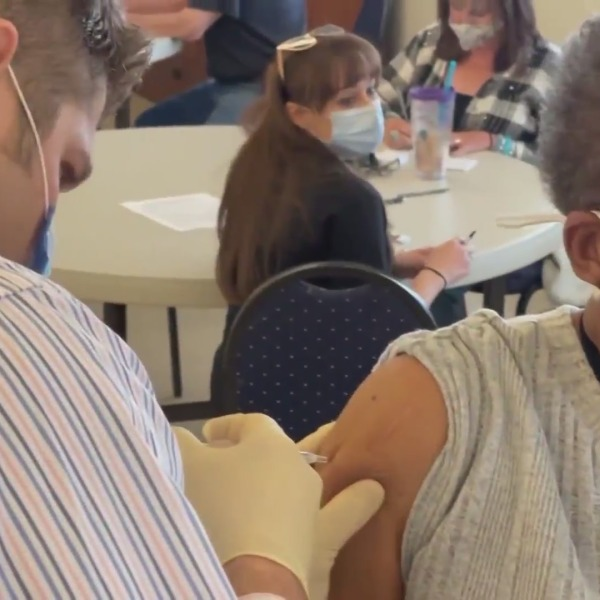 Mobile clinic takes COVID-19 vaccines to Tollhouse