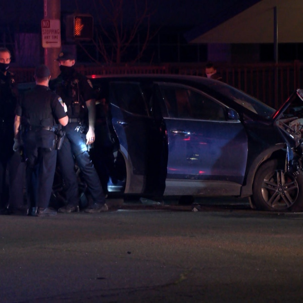 Pursuit leads to multi-vehicle crash and suspect on a Clovis roof, police say