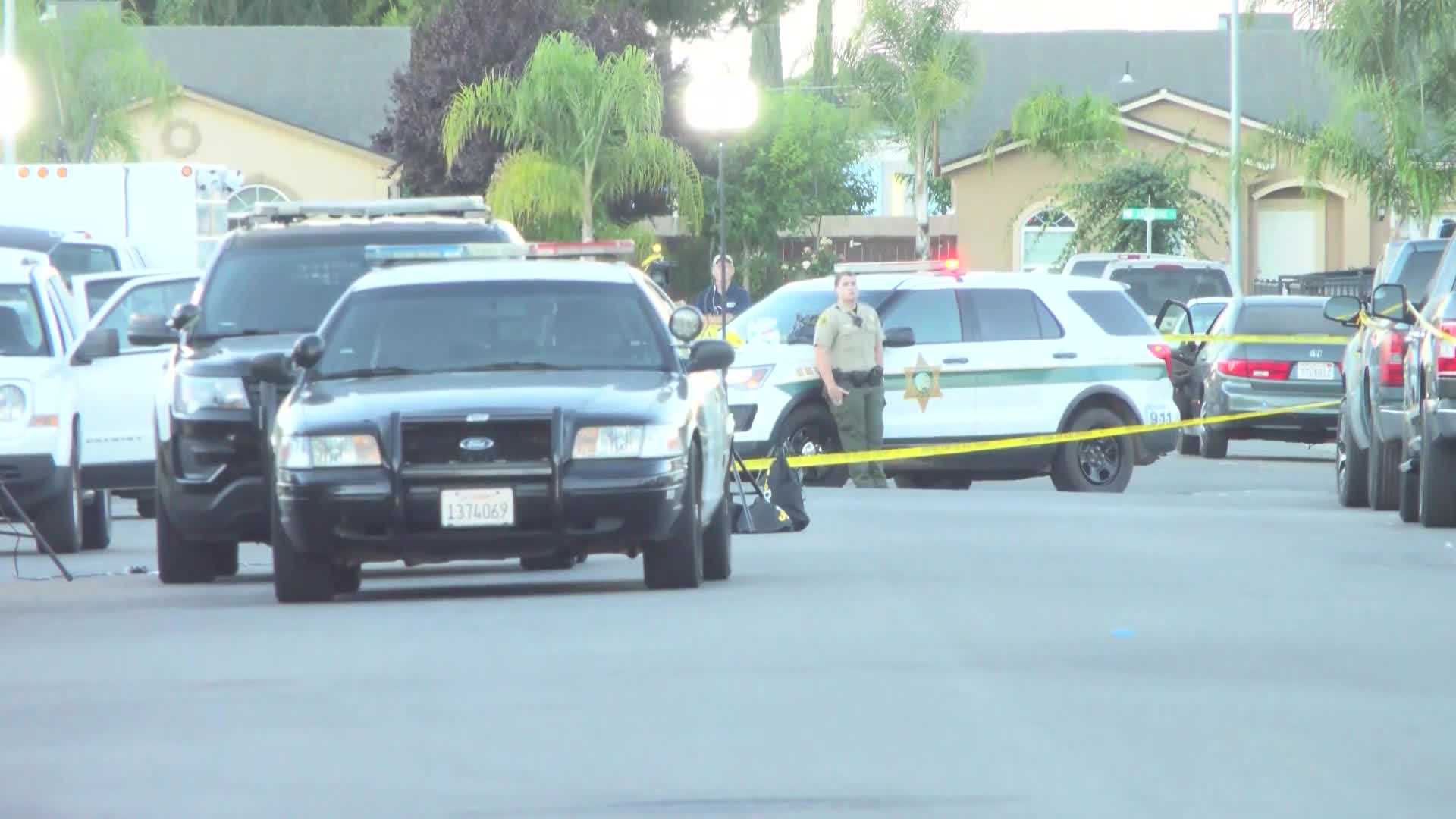 2 fatal Parlier shootings in 17 hours: Fresno County Sheriff's Office searching for suspects