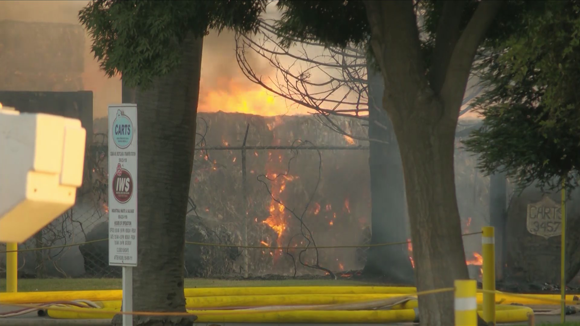 Off-duty firefighters called for cover in as Fresno recycling plant burns