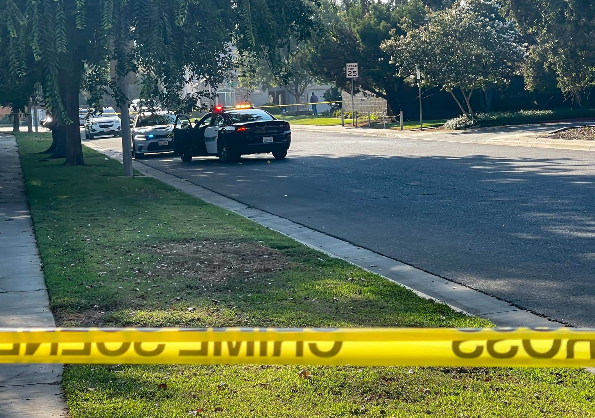 1 injured in Visalia shooting, search for suspect underway, police say