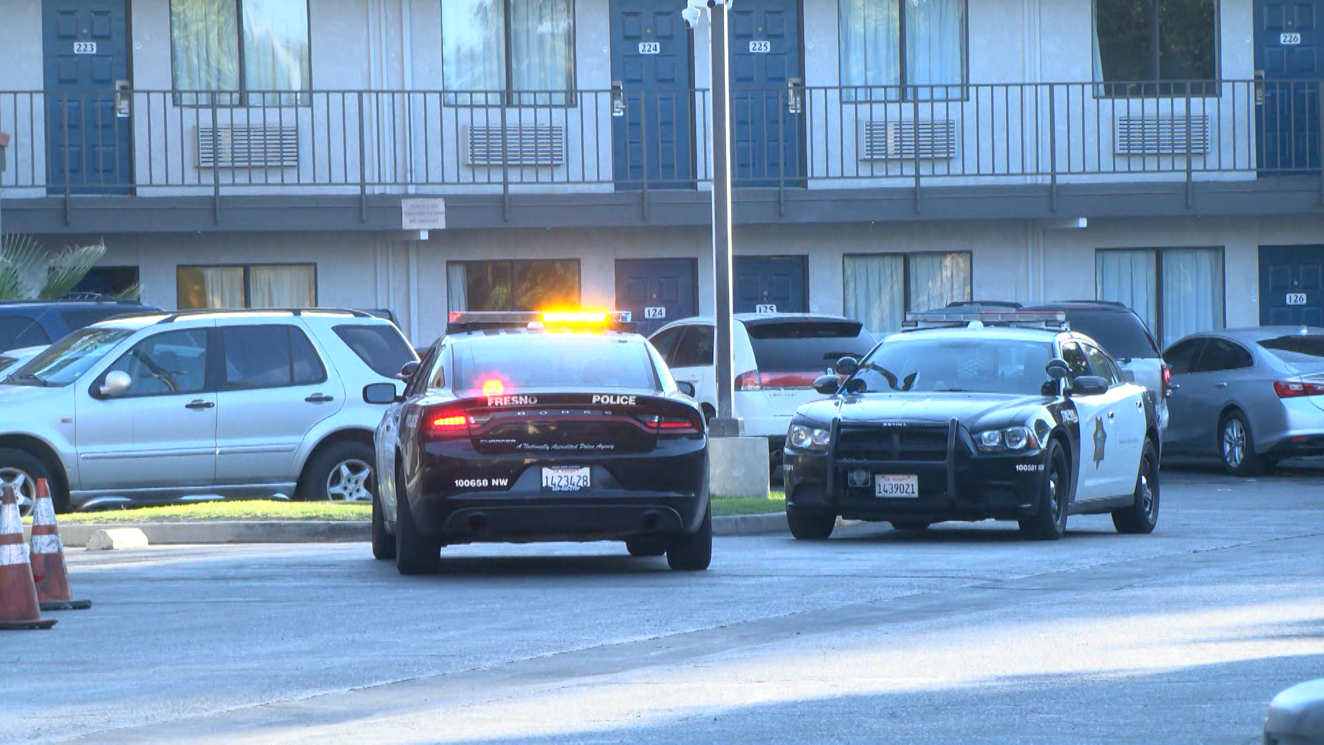 2 injured in Fresno shooting, victims ran into separate motels, police say