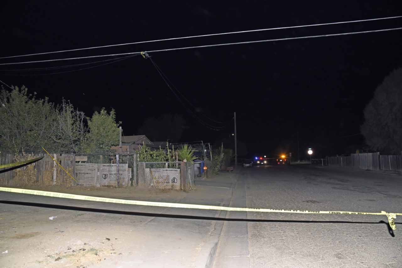 Victim identified in deadly Mendota stabbing, suspect search continues