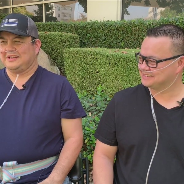 Twin brothers suffer long recovery from COVID-19